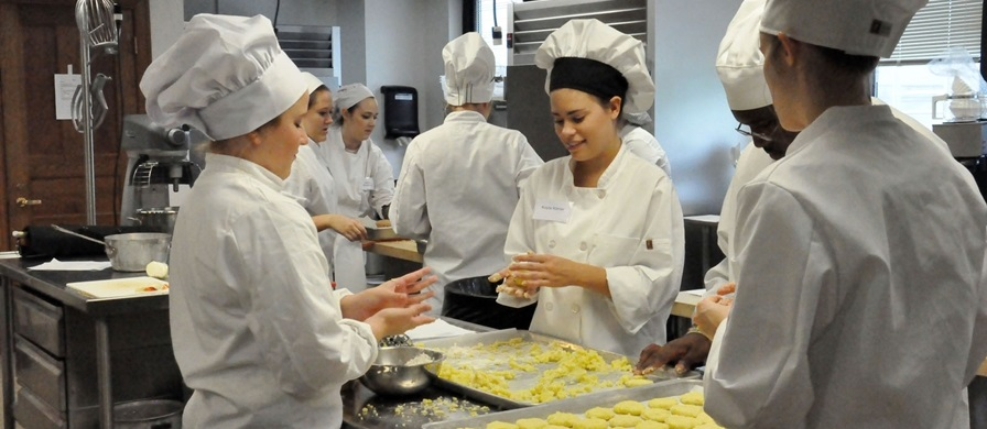 Nutrition Students in Kitchen